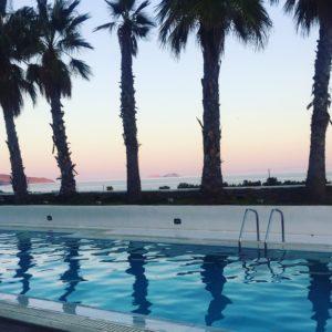 "<img src=""pool.png"" alt=""Sunset by the pool La Residence Mykonos Greece"">"